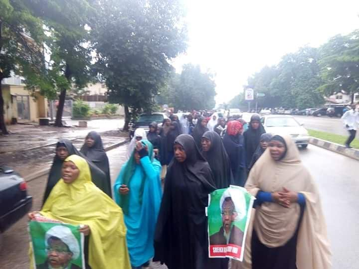 free zakzaky in abuja on Monday 27th august 2018